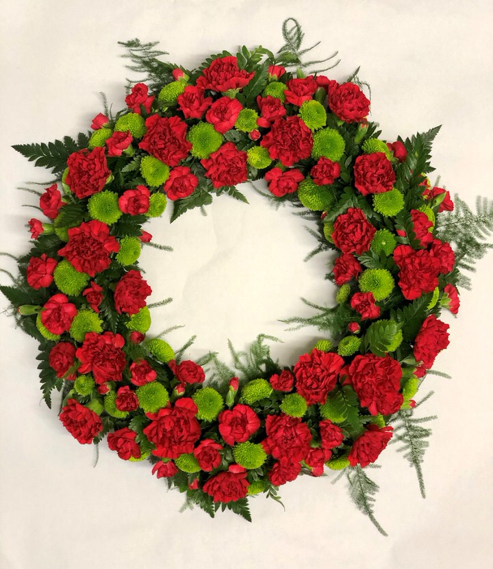 Classic Wreath - Red and Green Large: Booker Flowers and Gifts