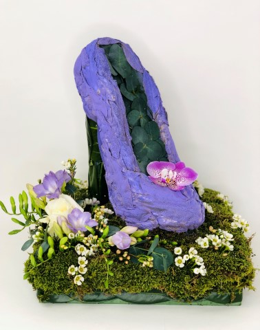 Ladies Shoe Funeral Tribute: Booker Flowers and Gifts