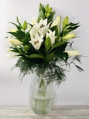 Luxury Oriental Lilies in Gisela Graham Vase: Booker Flowers and Gifts