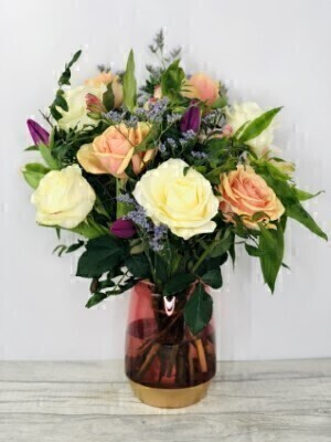 Peach Sundae Vase Large: Booker Flowers and Gifts
