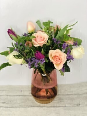 Peach Sundae Vase: Booker Flowers and Gifts