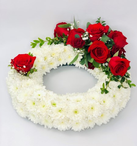 Traditional Wreath - White and Red Large: Booker Flowers and Gifts