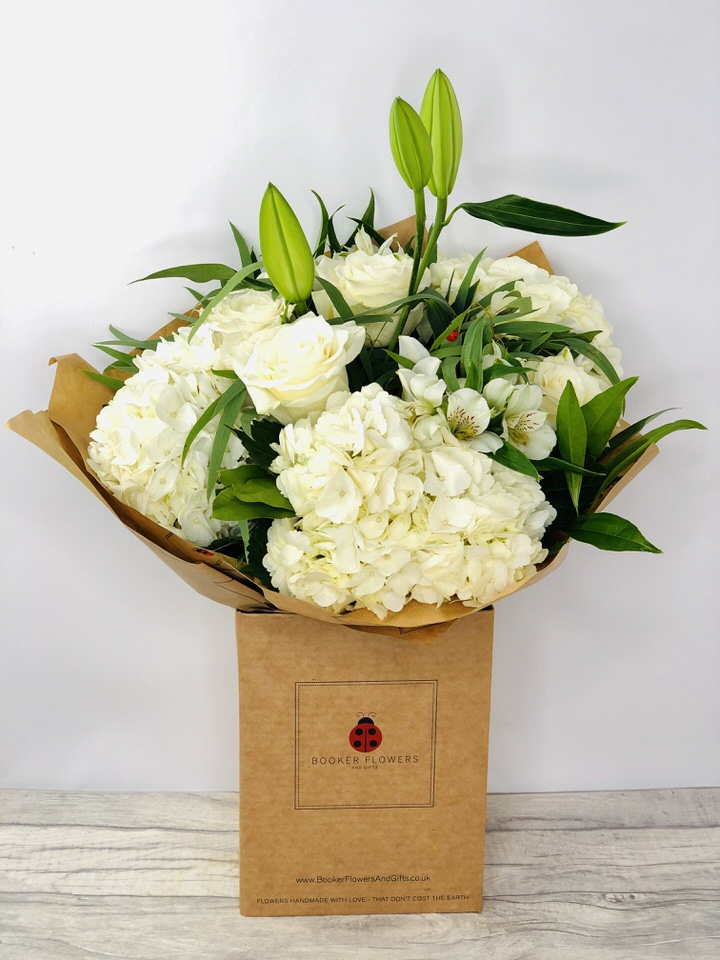 Wonderful White Rose Hydrangea and Lily Bouquet: Booker Flowers and Gifts