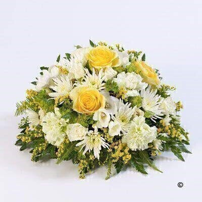 We have a large range of Posy Funeral Flowers. We offer Flower Delivery Liverpool.  We can provide Posy Funeral Flowers for you in Liverpool - Merseyside and can organize Funeral flower deliveries for you Nationwide. 